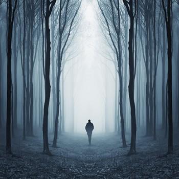 Atrast ceļu tumsā…