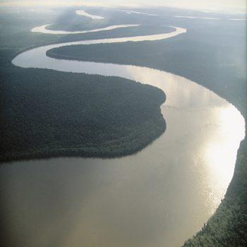 Es gribu būt kā upe…